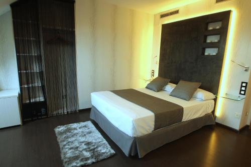 Superior Double or Twin Room with Hot Tub Hotel De Martin 6