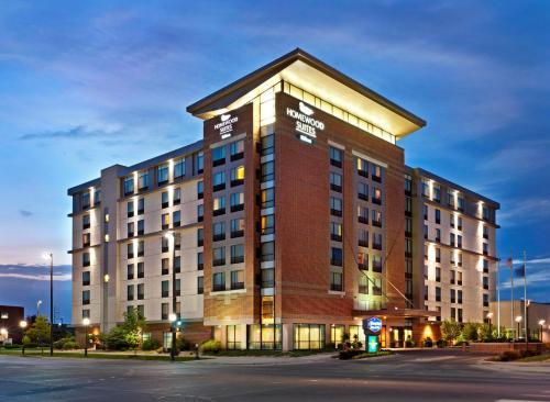 Top Hotel Deals Near Centurylink Center Omaha Homewood Suites By Hilton Downtown