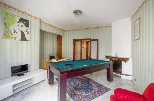Luxury Macrobio Flat
