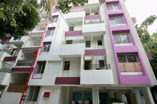Leasurely Abode Service Apartment