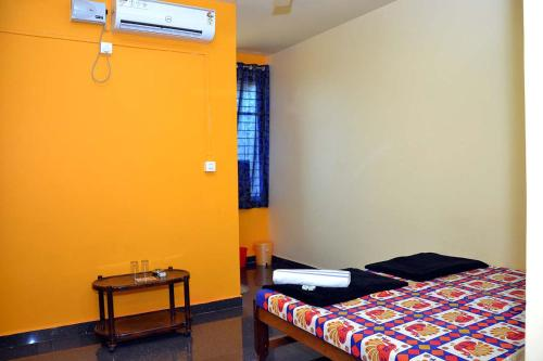 Deluxe Double Room with Extra Bed(Non AC)