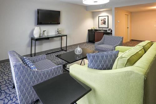 Property Image#9 Hilton Garden Inn Louisville Northeast