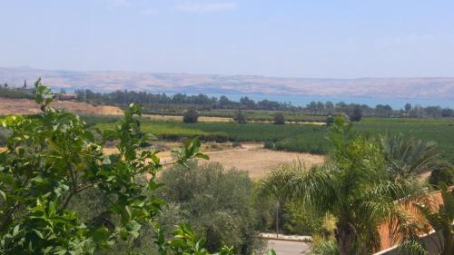 5 stars home at the sea of galilee