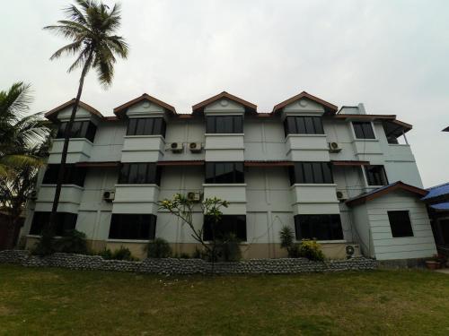 HotelDibrugarh Club House