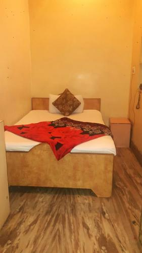 Single Room with Shared Bathroom Hotel Lovely