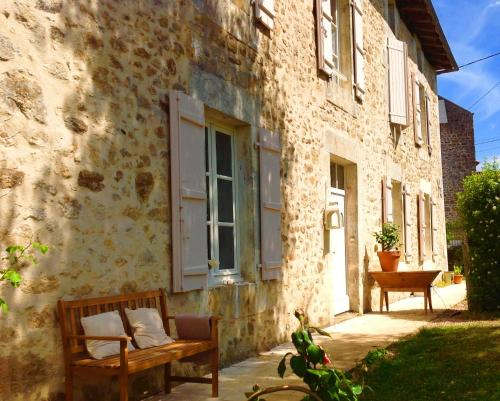 Domaine Charente - Holiday Home with own garden