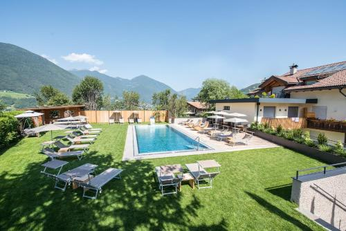A hotel kranebitt bressanone italie for Aparthotel bressanone