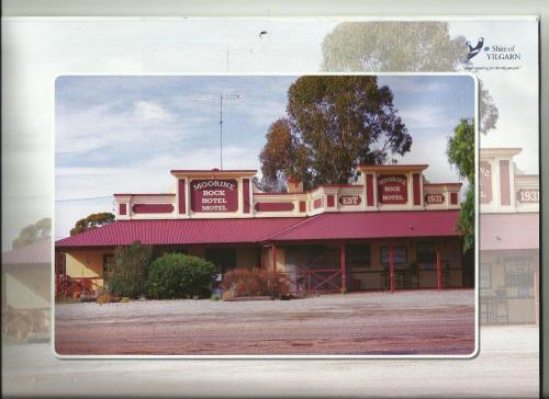 Moorine Rock Hotel Motel