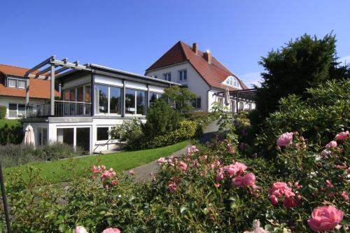 H.W.S. Hotel Der Wilde Schwan front view