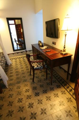 Suite Junior (3 adultos) Palacio San Bartolomé 9