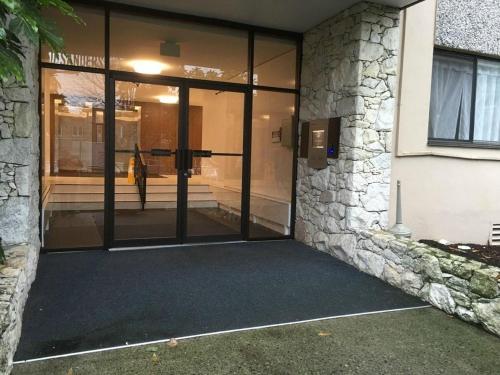 Pelican Suites At North Vancouver