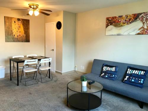 1 Bedroom Apartment Atlanta Downtown (215 Piedmont Ave)
