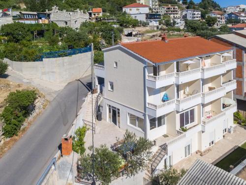Property Image#29 MBA Modern Beach Apartments