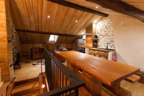 le passage ax les thermes. Black Bedroom Furniture Sets. Home Design Ideas