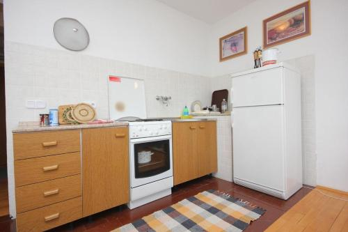 Apartment Sali 8194a
