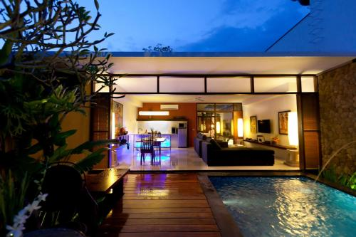 One-Bedroom Villa with Free Romantic Dinner