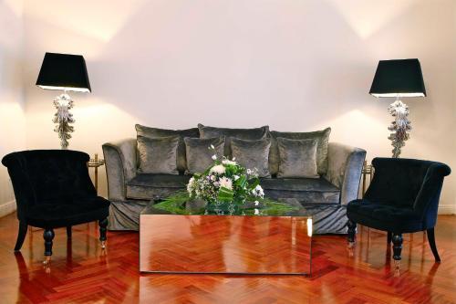 Luxury Suites photo 17