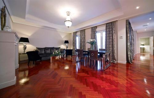 Luxury Suites photo 34
