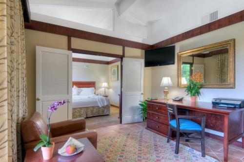 Dinah S Garden Hotel Palo Alto California U S A