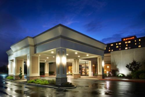 Buffalo Marriott Niagara, Amherst