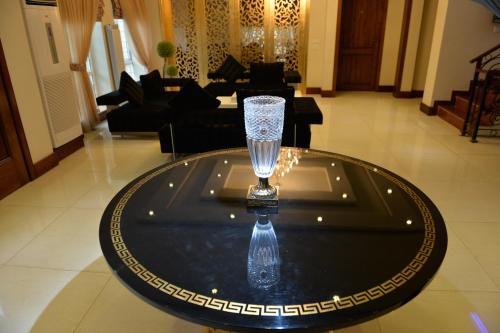 Bella View Lounge, Islāmābād
