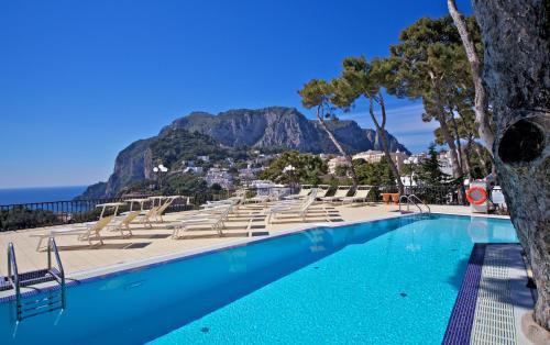 Capri: Sehnsuchtsinsel im Golf von Neapel |Capri Italy Golf