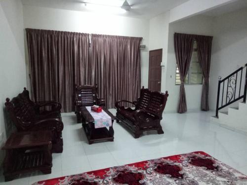 Homestay Murah Al Qarni Seri Manjung 3, Lumut