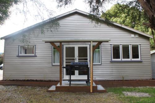 The Cottage.  Kuva 1