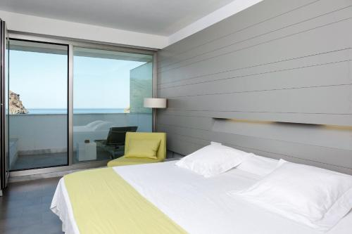 Double or Twin Room with Terrace Hotel Spa Calagrande Cabo de Gata 4