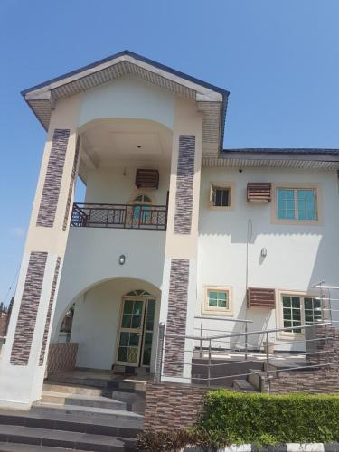 First Eleven Suites And Lounge, Enugu