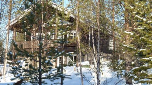Snowpoint Villas
