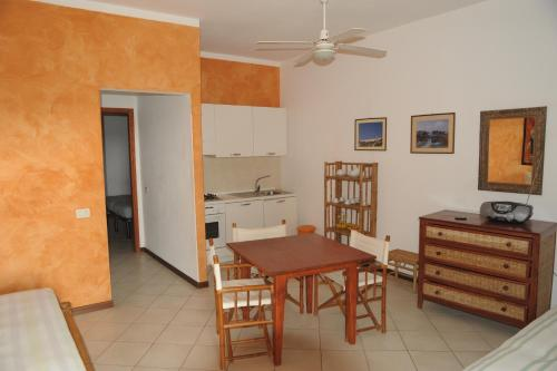 Apartamento de 1 habitación para 2 adultos (One-Bedroom Apartment (2 Adults))