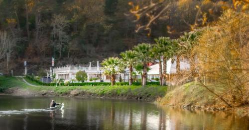 Apartamento a la orilla del río en Ourense Immagine 8