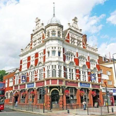 Boleyn Tavern Hostel