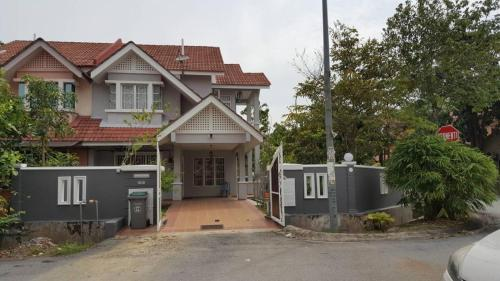 Corner House Near KLIA and Sepang Circuit