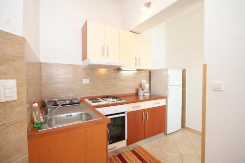 Apartment Slano 8741a