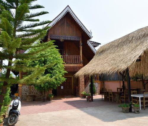 Amandra Villa, Louang Namtha