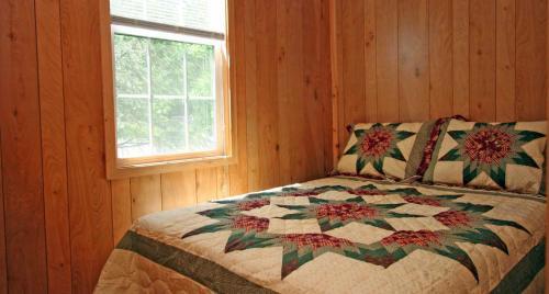 Robin Hill Camping Resort Premium Cottage 2