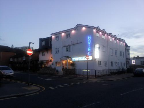 Photo of Barking Park Hotel Hotel Bed and Breakfast Accommodation in Barking London