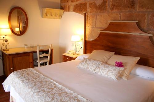 Double or Twin Room Hotel Rural Morvedra Nou 1