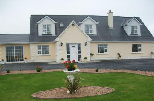 Photo of Atlantic Wave House B&B Hotel Bed and Breakfast Accommodation in Carna Galway