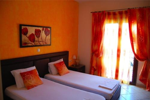 Angelique Apartments