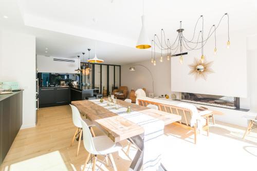 b b la maison odeia bordeaux aquitaine rentals and resorts. Black Bedroom Furniture Sets. Home Design Ideas