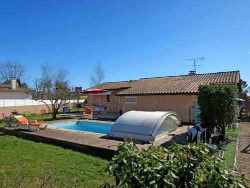 Ferienhaus mit Pool Le Porge 140S