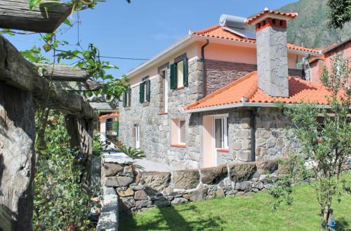 Dinis Country Cottage by OurMadeira, São Vicente