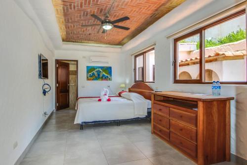 Pelican Eyes: Villa Coral III, San Juan del Sur