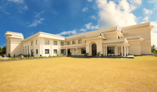 Riyasat Resort