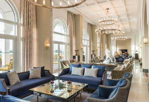 The St. Regis Dubai, Al Habtoor Polo Resort & Club Photo