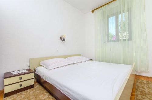 Apartments Jerka