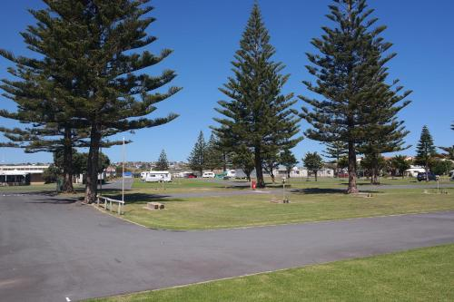 Moana Beach Tourist Park